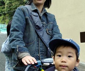 06-209-mama.JPG